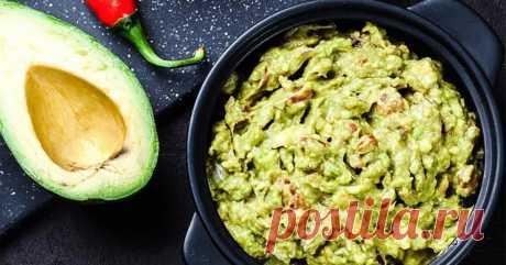 Паста из авокадо: 3 проверенных рецепта питательной и полезной закуски