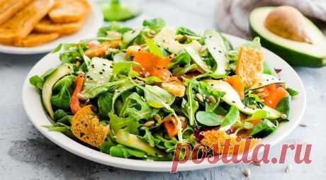 Простые и вкусные салаты на праздничный стол: рецепты