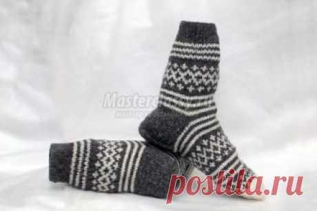 Вязаные носки спицами с рисунком. Мастер-класс с пошаговыми фото