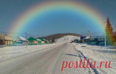 Приметы про радугу и о радуге:  Что означает увидеть радугу зимой и почему нельзя купаться или плавать в водоёме в тот момент, если увидел радугу. Всего 26 народных поверий связанных с радугой: