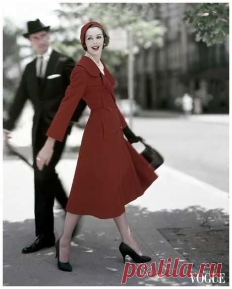 Lucinda Hollingsworth  Vogue – October 1957  Photo Karen Radkai