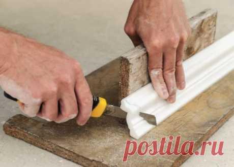 Монтаж потолочного плинтуса своими руками — как избежать распространенных ошибок
