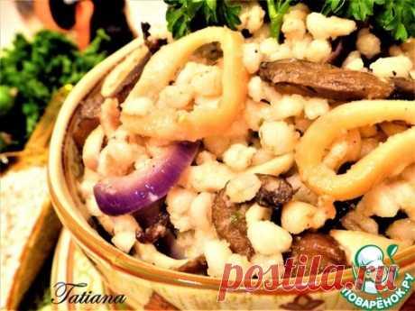 Каша перловая с кальмарами и грибами – кулинарный рецепт