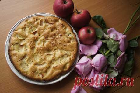 Яблочный пирог - рецепт с фото - как приготовить - ингредиенты, состав, время приготовления - Дети Mail.Ru