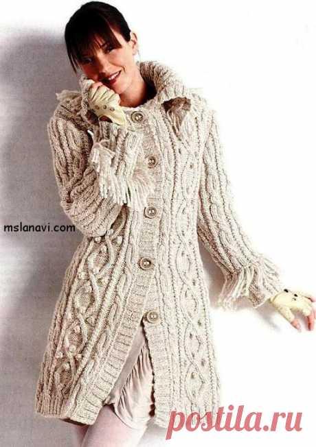 Вязаное пальто с косами | Вяжем с Лана Ви
