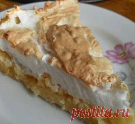 Наивкуснейший яблочный пирог с безе Он такой..красивый..вкусный..мягкий..