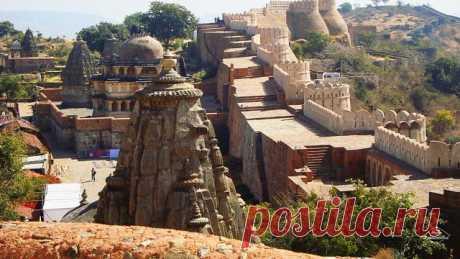 Форт Кумбхалгарх Индия