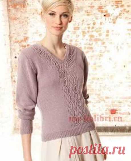 Вязания свитера спицами платочной вязкой и ажурными элементами: схема и описание на Колибри. Не смотря на тонкость и лёгкость, свитер получается весьма тёплым. В чём секрет? В кашемире.