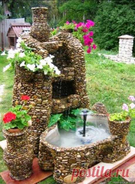 Настоящий фонтан из обыкновенной гальки