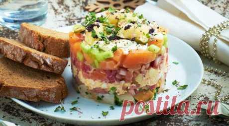 Слоёный новогодний салат из рыбы | gastronom.ru | Яндекс Дзен