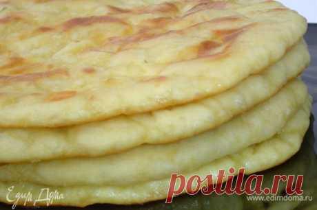 Хачапури. Ингредиенты: пшеничная мука, кефир, яйца куриные