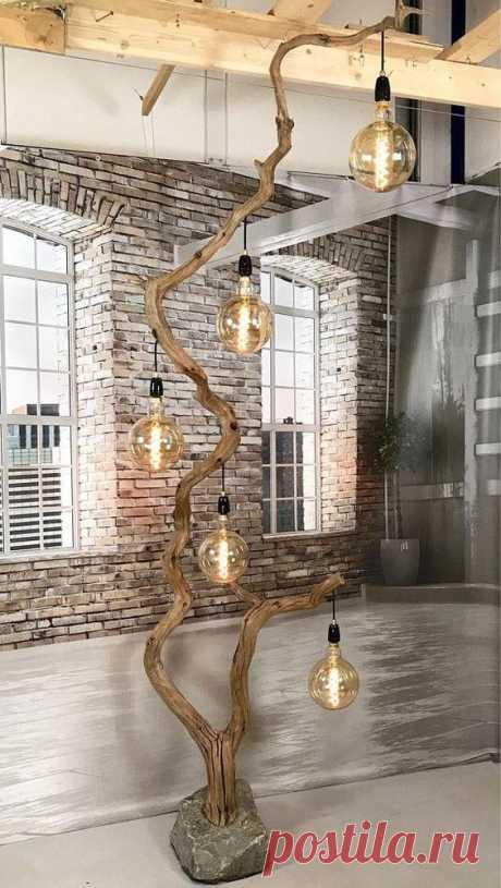 Крутой деревянный светильник