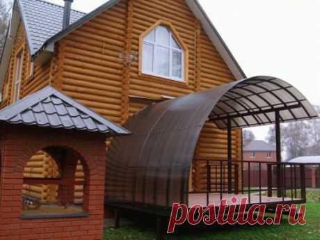 Козырек дома из сотового поликарбоната