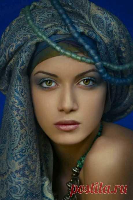 Larisa Nikolaeva - Google+