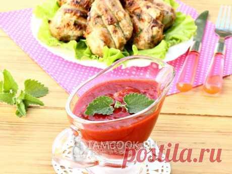 Остро-пряный клубничный соус к мясу — рецепт с фото