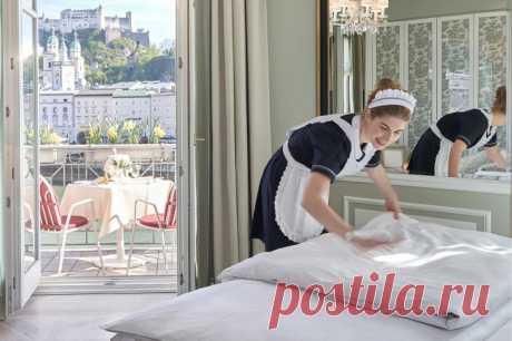 Уборка как в отеле: 14 хитростей, которые нужно применять дома Горничные в отелях лучше всех знают как убираться быстро и эффективно. Рассказываем, какие хитрости гостиничной уборки можно позаимствовать и применять дома.