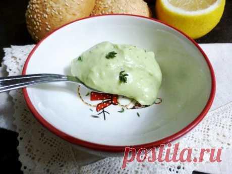 Закусочный крем из авокадо и плавленного сыра — Sloosh – кулинарные рецепты