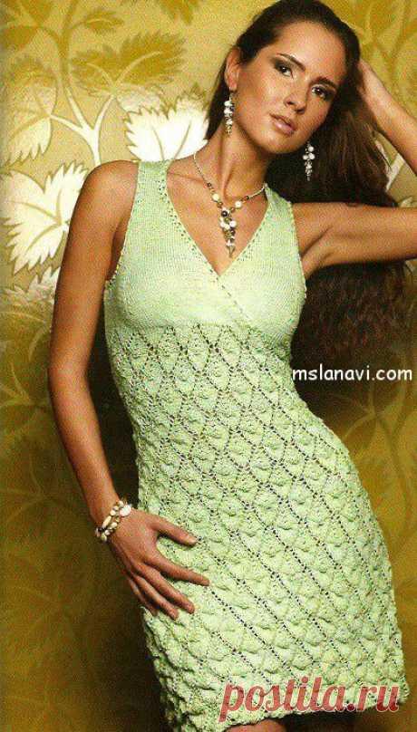 Салатовое вязаное платье спицами | Вяжем с Ланой