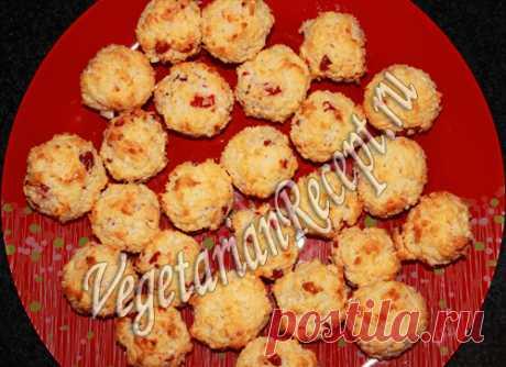 Сладкие вишнево-кокосовые шарики