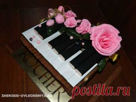 Пианино из конфет своими руками в пошаговом мастер-классе с фото