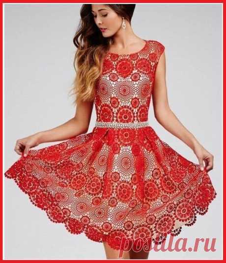 Шикарное платье крючком из круглых мотивов.