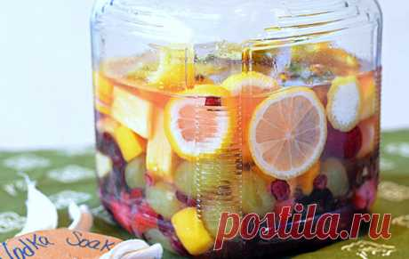 Las reglas de la preparación del aguardiente de frutas