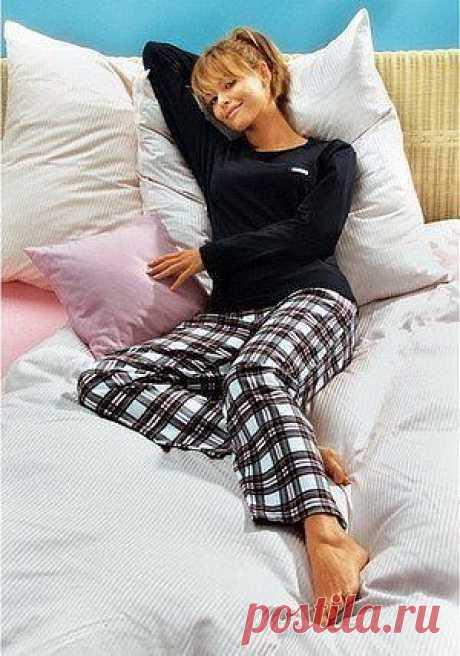 Универсальная выкройка брюк для сна или домашней носки