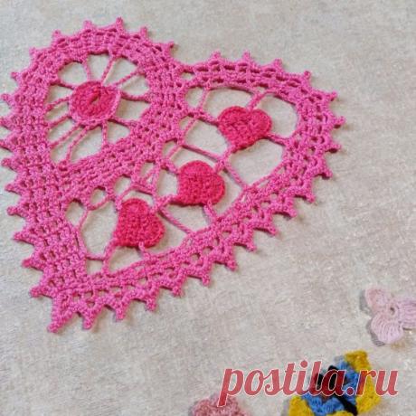 """Салфетка """"Розовое сердце""""   Нежный розовый цвет для украшения комнаты"""