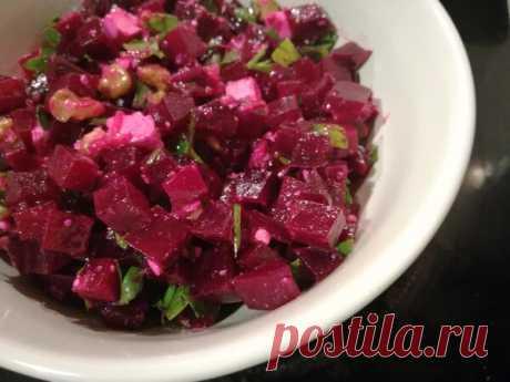 Быстрый свекольный салат на греческий мотив | Anna CooLinari | Яндекс Дзен