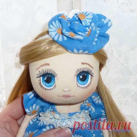 АВТОРСКИЕ КУКЛЫ И ТЕДДИ 👸🐘 в Instagram: «Небесно-голубые или бездонно-синие? Алиса #чудесатыйпошив #миляви #milyavy»