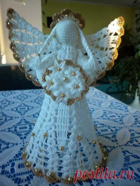 Very beautiful knitted Christmas angels Knitted Christmas angels. Such beautiful angels the skilled worker from Poland of Janeczka knits. Such knitted angels can be presented, and it is possible and as a toy to hang up on a fir-tree.