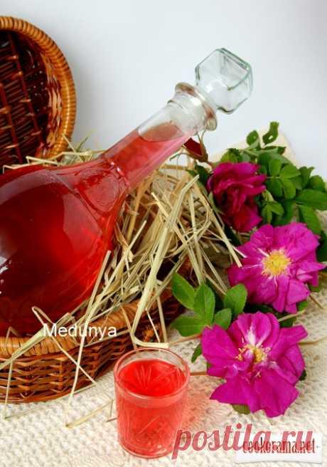 Розовый ликер / Алкогольные напитки / Кукорама — вкусные рецепты!
