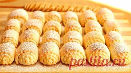 Любимое творожное печенье. Необыкновенное лакомство Один из самых простых рецептов мягкого и вкусного творожного печенья. Для приготовления вам потребуются такие ингредиенты: — творог, 250 г; — масло сливочное, 80 г; — сахар, 2...