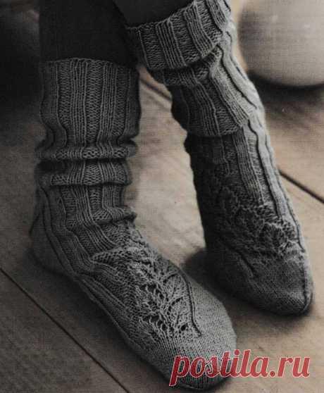 Мужские носки спицами с ажурным узором из листьев - Портал рукоделия и моды