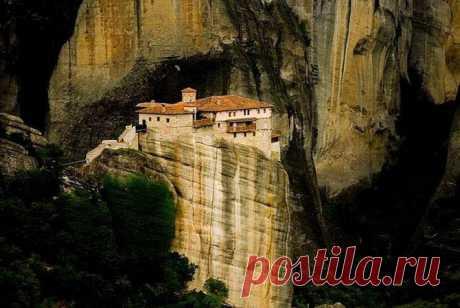 Ближе к богу; десять горных монастырей