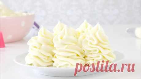 КРЕМ-ЧИЗ. СЛИВОЧНО-СЫРНЫЙ КРЕМ.  Крем Чиз. Рецепт крема для торта и капкейков на основе сливок в домашних условиях. Крем Чиз или сливочно-сырный крем бывает двух видов. На основе сливочного масла - подходит для выравнивания тортов и создания цветов. И более лёгкий вариант на основе сливок. Он более мягкий и менее калорийный. Им можно украшать капкейки, делать прослойку в тортах. Лучше всего конечно крем чиз сочетается с красным бархатом.   Крем Чиз на сливках:  сливочный с...