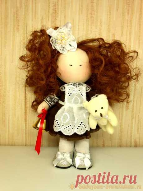 Как сшить текстильную интерьерную куклу