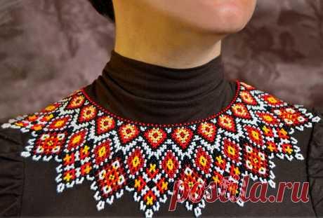 Ажурное мексиканское ожерелье из бисера