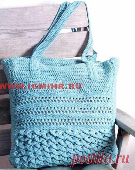 Стильная летняя сумка небесно-голубого цвета