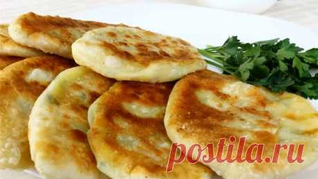 Potato and cheese pies flat cakes — the super recipe!