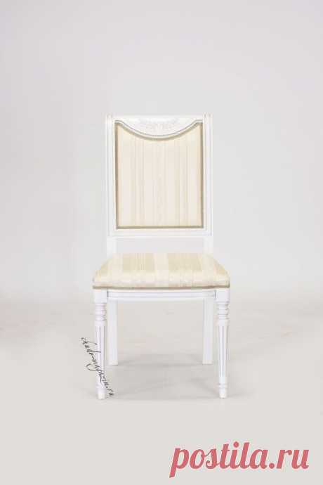 Высокий стул из массива бука на ножках Габри 3. В наличие и под заказ в Москве.