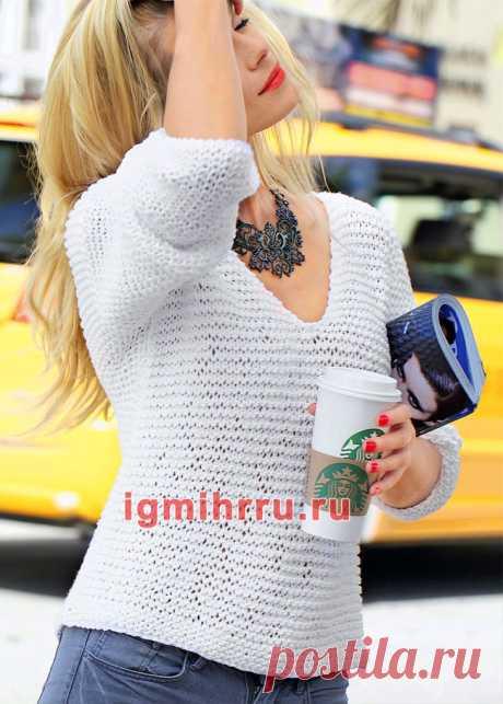 Белый пуловер платочной вязкой. Вязание спицами со схемами и описанием