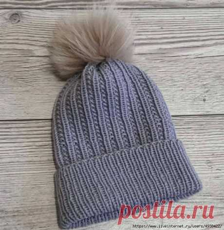 Тренд сезона! Простая, но очень стильная шапка.