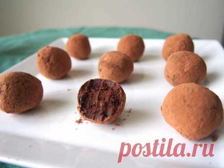 Трюфели из шоколада и авокадо | Vegetarian.ru