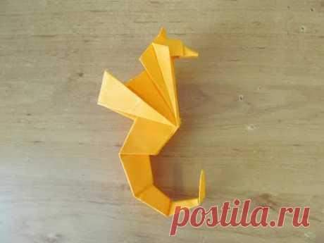 Как сделать МОРСКОГО КОНЬКА из Бумаги Бумажный МОРСКОЙ КОНЬ Оригами How to make Paper Seahorse Origa