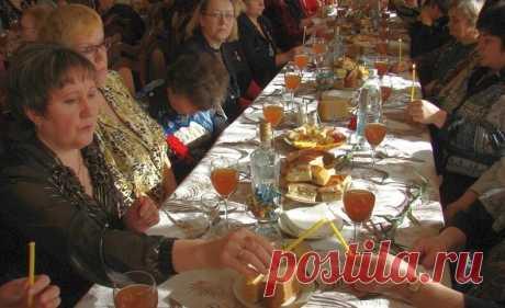 Что по православным обычаям положено потреблять в пищу на поминках после похорон | Православная Жизнь | Яндекс Дзен