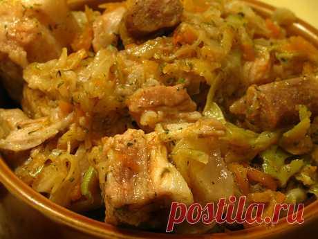 Бигос Отличное блюдо, квинтэссенция польской кухни. Рецептов бигоса существует великое множество, я для себя вывела несколько правил идеального бигоса: 1. Нужна и…