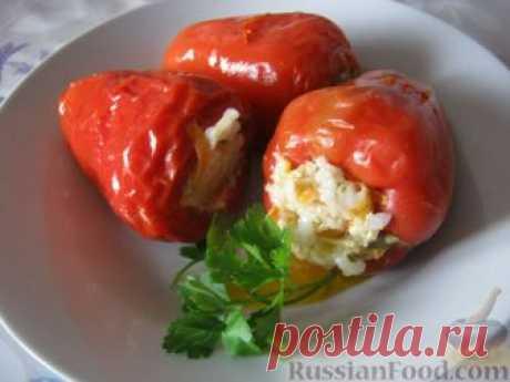 Перец фаршированный — несложное и вкусное блюдо