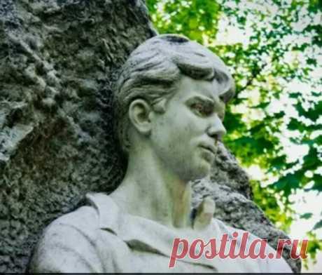 Как потешный холм стал могильным: тайные знаки Ваганьковского кладбища | Фишки и шишки опытного туриста | Яндекс Дзен