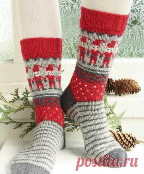 Красивые новогодние носки спицами со схемами